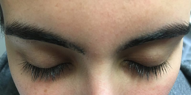 Before-Lashes 3